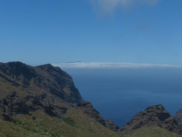 View la reptiles mountains.
