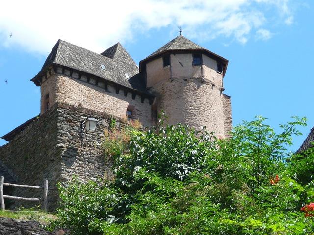 Village conques medieval.