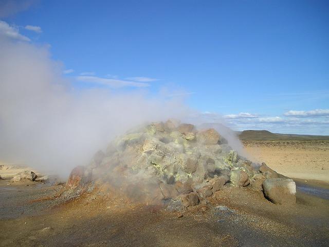 Volcano volcanism hot.