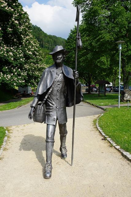 Wanderer statue beuron.