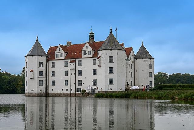 Wasserschloss glücksburg noble old.