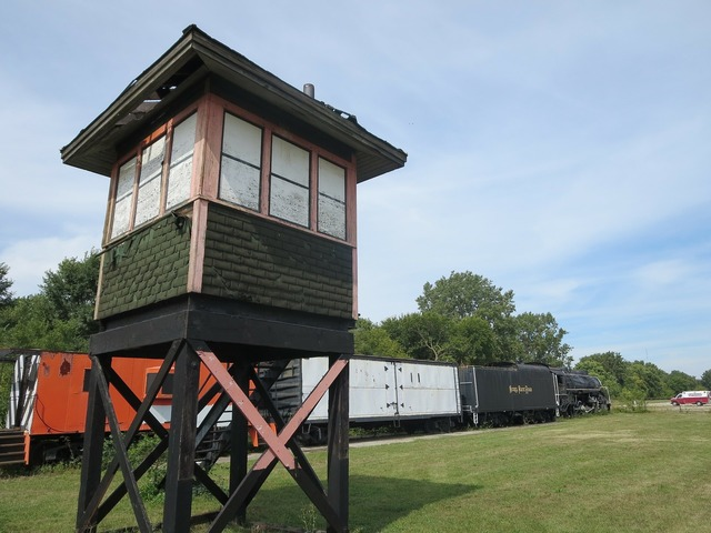 Watchtower lookout tower train, travel vacation.