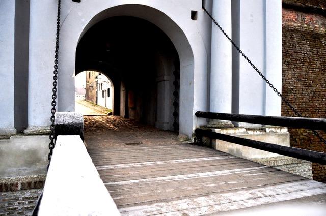 Water gate osijek tvrdja, architecture buildings.
