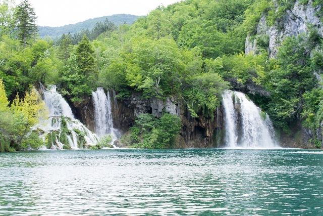 Waterfalls croatia plittvice.