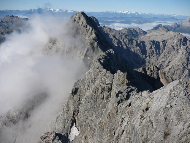 Watzmann mountain bergtour, nature landscapes.
