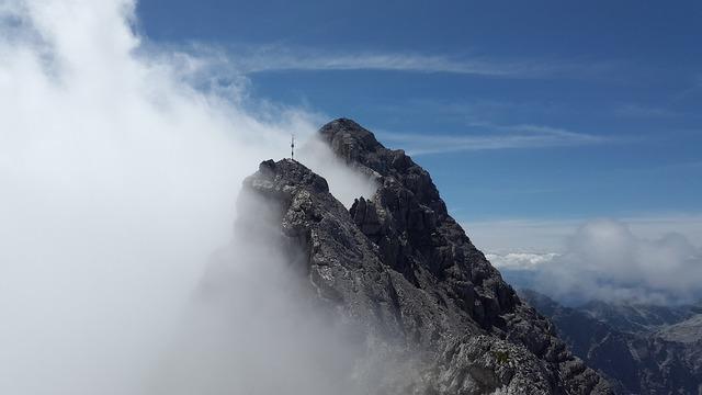 Watzmann southern tip rock berchtesgadener land.