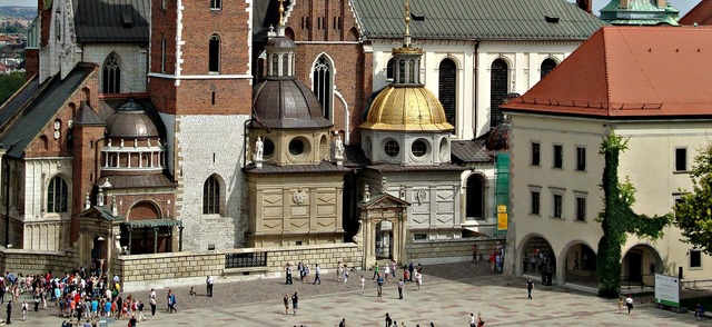 Wawel castle poland, architecture buildings.
