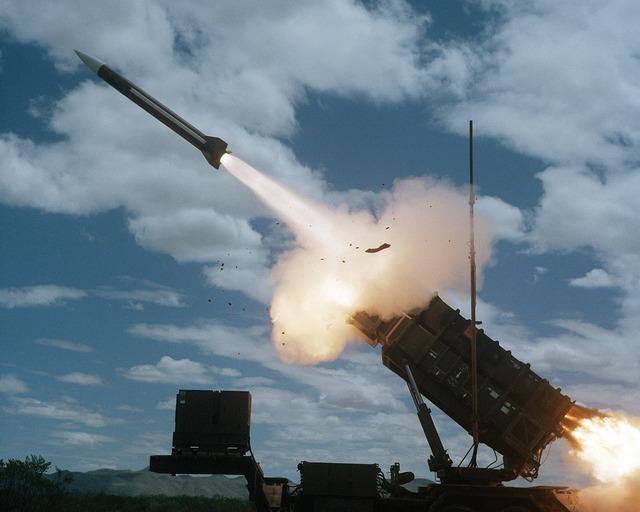 Weapon rocket fight.