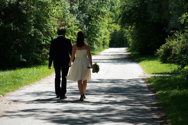 Wedding back backs.