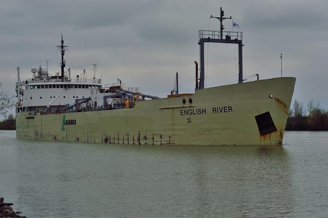 Welland canal canada ship.
