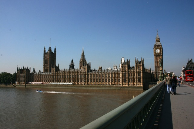 Westminster brige english parliament houses of parliament.