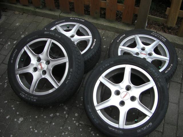 Wheels mature alloy wheels.