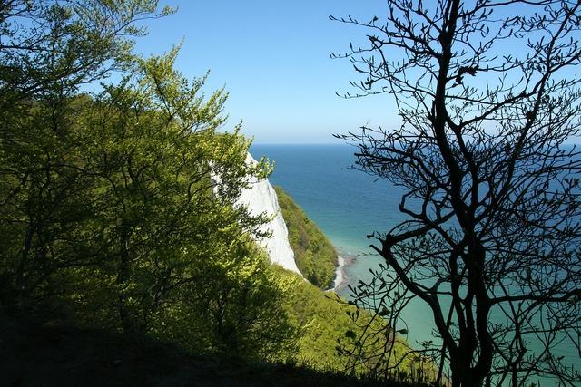 White cliffs rügen painting.