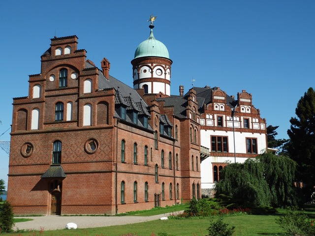 Wiligrad castle schwerin, architecture buildings.