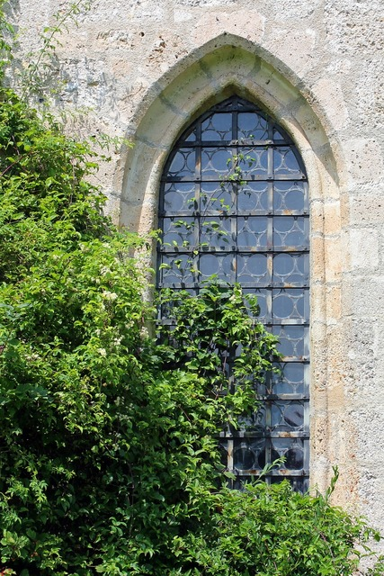 Window pointed arch church window.