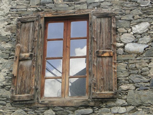 Window stones wall.