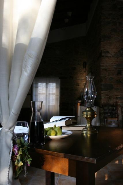 Window wine fruit, food drink.
