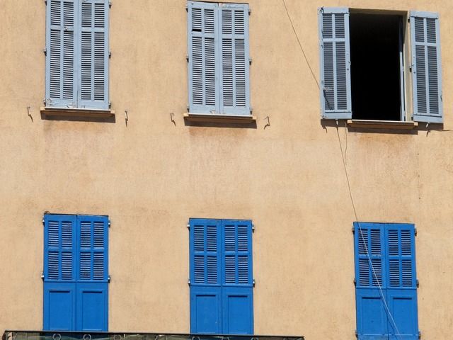 Windows france grasse, architecture buildings.