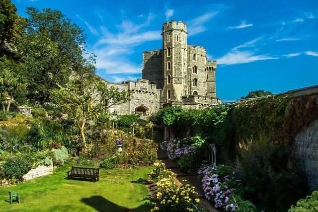 Windsor castle monument, architecture buildings.