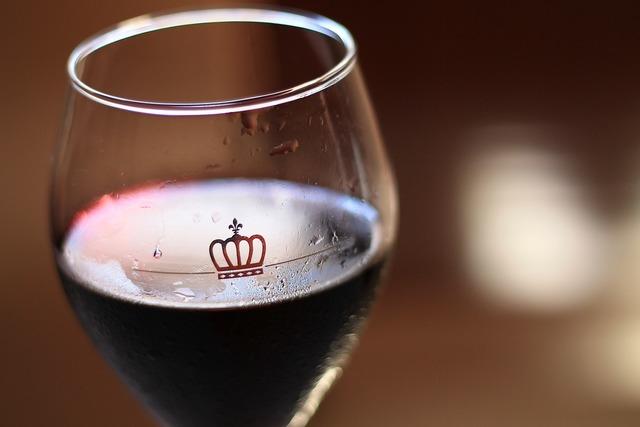 Wine heart health, health medical.