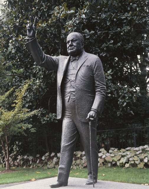 Winston churchill statue embassy.