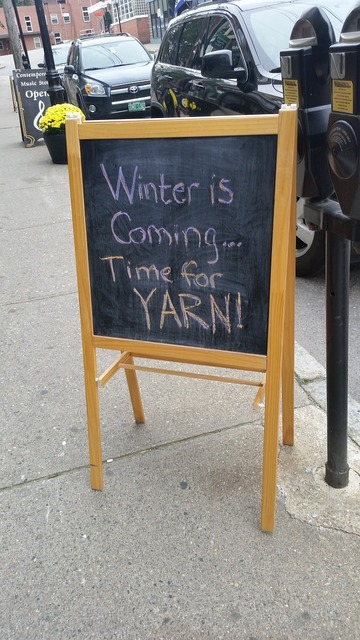 Winter is coming sign yarn, transportation traffic.