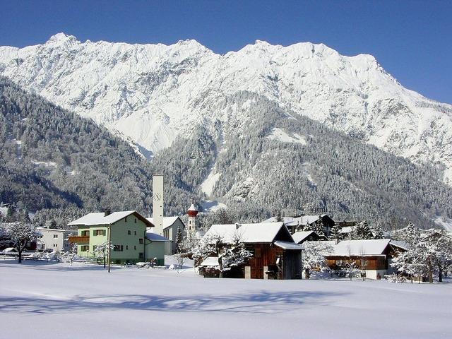 Wintry bergdorf winter.
