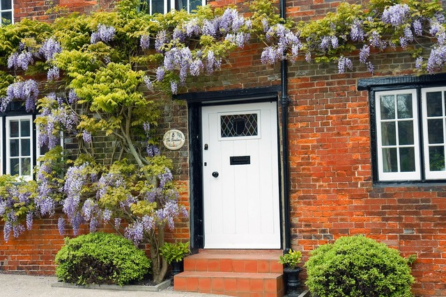 Wisteria house red brick, architecture buildings.