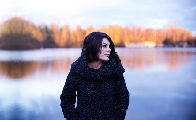 Woman autumn model, beauty fashion.