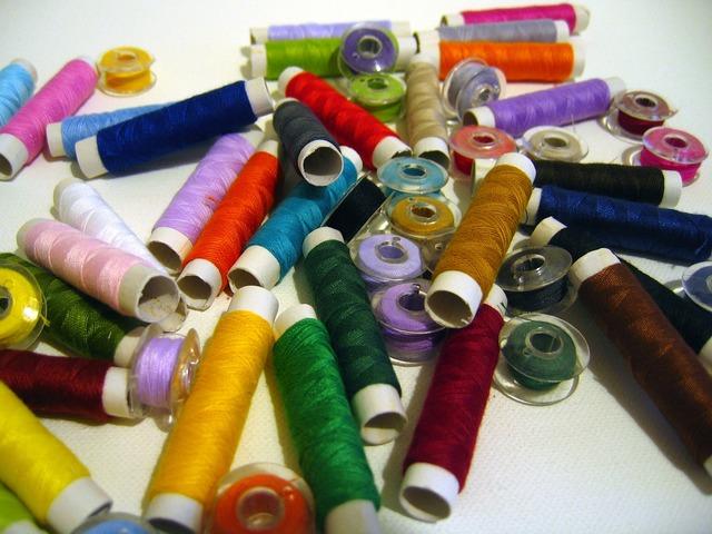 Yarn spools of thread fadenrollen.