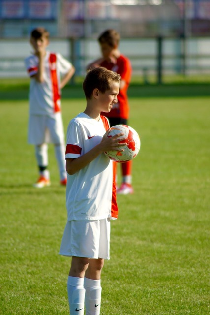 Young people sport football, sports.