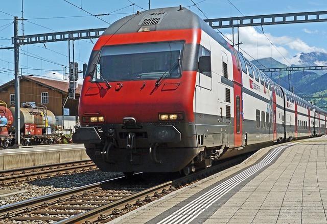 Zugspitze intercity remote traffic.